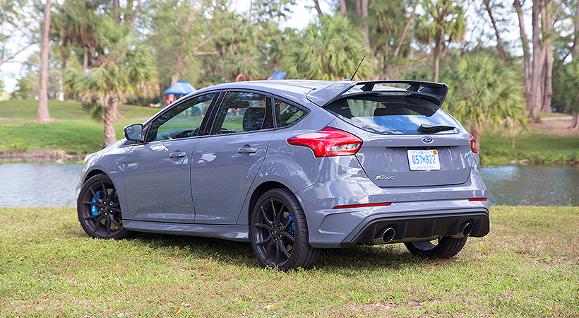 Test Drive Ford Focus RS 2017
