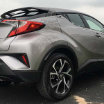 Video Test Drive Toyota C-HR 2017