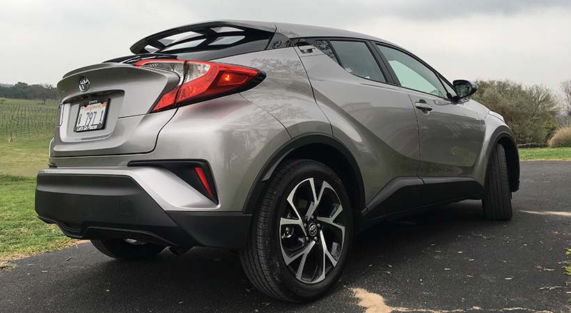 Video Test Drive Toyota C-HR 2017