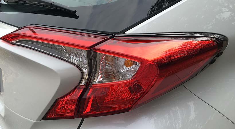 Test Drive Toyota C-HR 2017