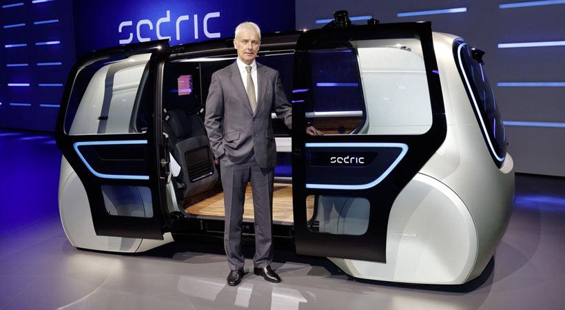 Matthias Muller presenta el Volkswagen Sedric Concept en Ginebra