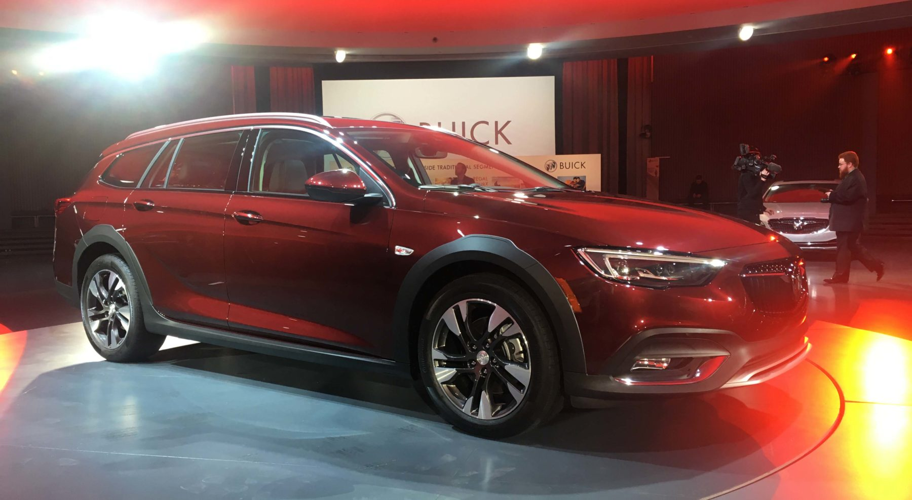 Buick Regal TourX 2018