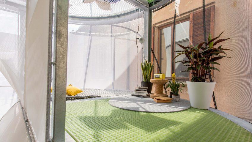Mini living breathe del auto pr ctico a la casa minimalista for Mini casa minimalista