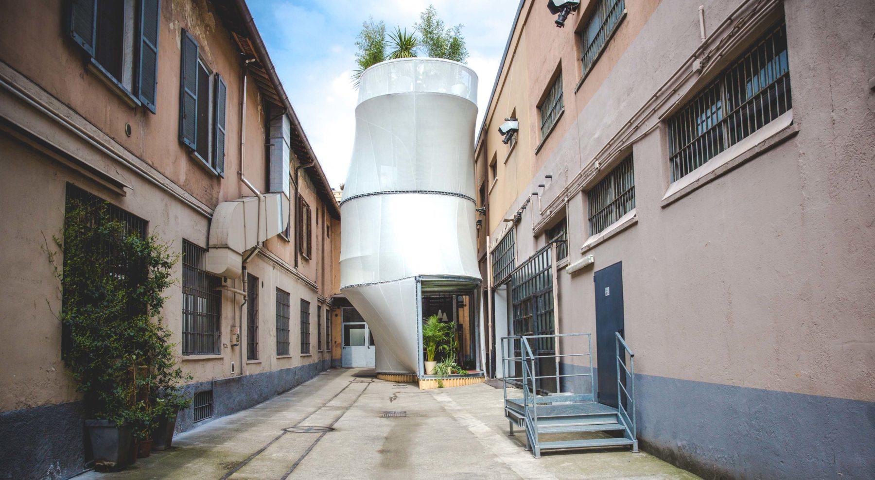 Mini living breathe del auto pr ctico a la casa minimalista for Casa minimalista living