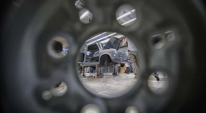 cómo se restaura un auto
