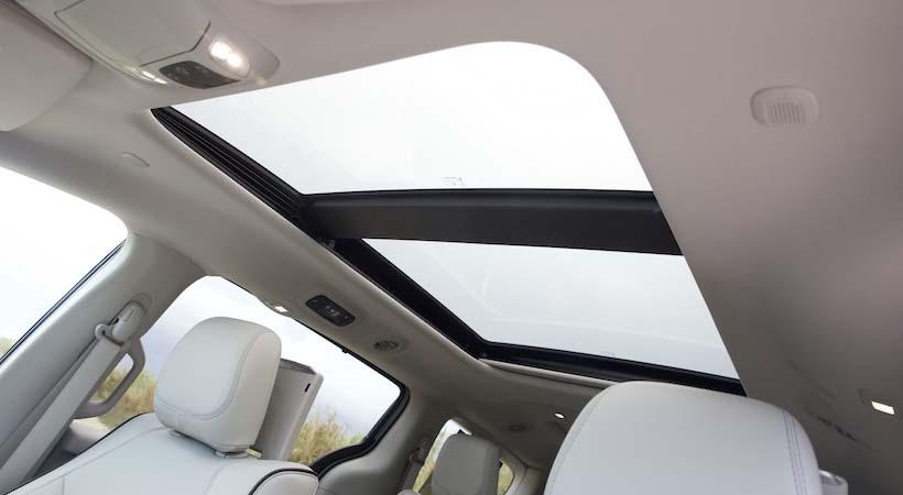 Test Drive Chrysler Pacifica Hybrid Platinum 2017