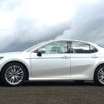 Video Toyota Camry 2018, todos los detalles y precio