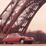 Un paseo por París en el legendario Citroen DS 1973