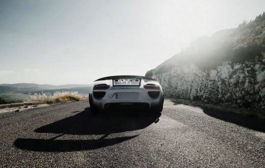 19 Porsche 918 Spyder