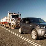 Land Rover Discovery Sport 2017 remolca un tráiler de 100 toneladas