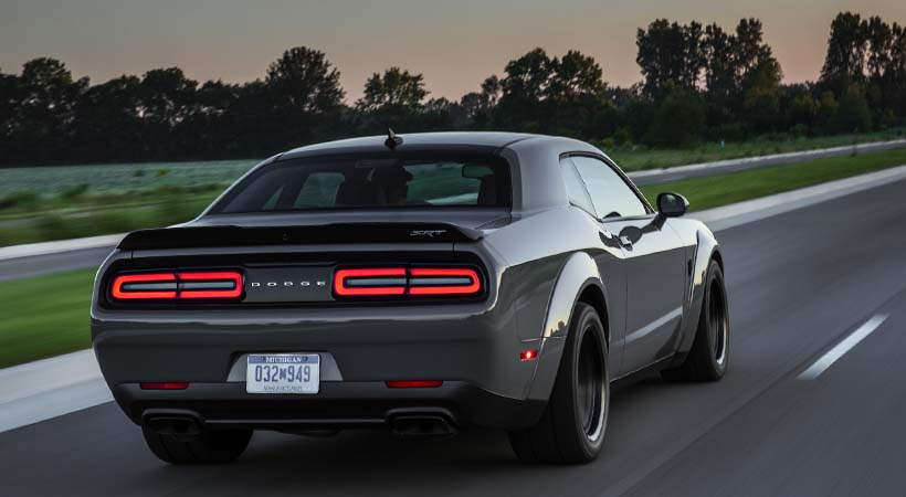 Video Dodge Challenger Hellcat Widebody