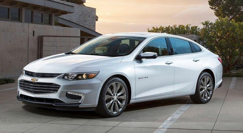 Autos que gastan menos combustible: Chevrolet Malibu híbrido