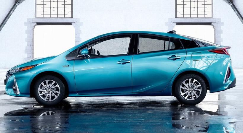 Autos que gastan menos combustible: Toyota Prius