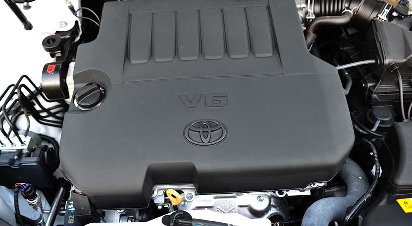 Test Drive Toyota Avalon 2018