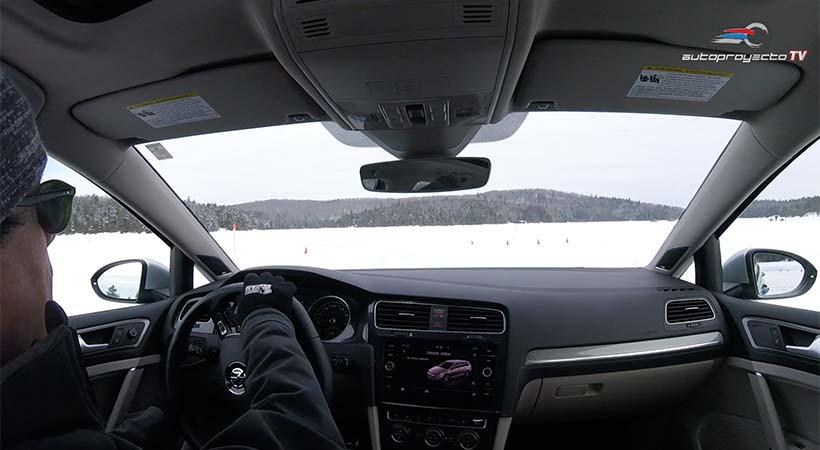 Esquiar en nieve y manejar en pista
