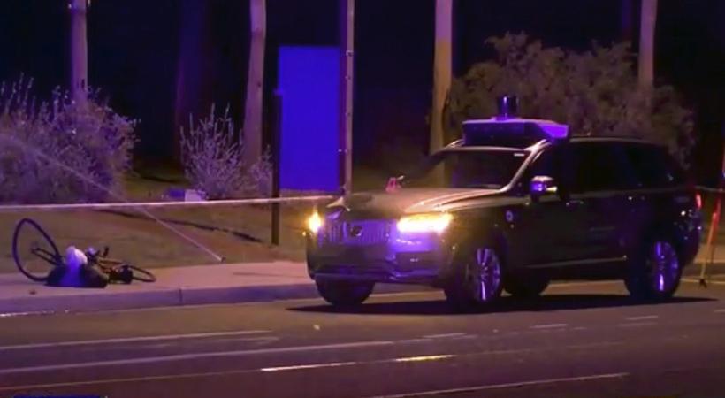 Uber de conducción autónoma atropelló y mató a una mujer Arizona.