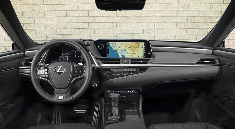 Debut Lexus ES 2019