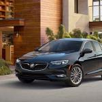 Video Buick Regal Essence 2018, elegancia en movimiento