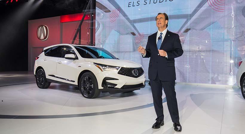 Top 5 Hispanos de la industria de los autos en Estados Unidos