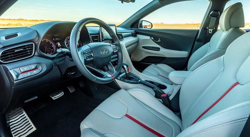 Video Hyundai Veloster 2.0 2019