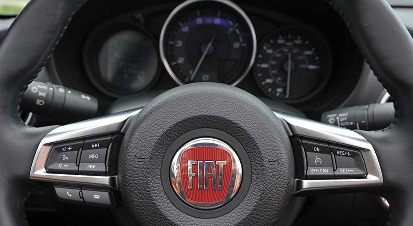 Test Drive FIAT 124 Spider