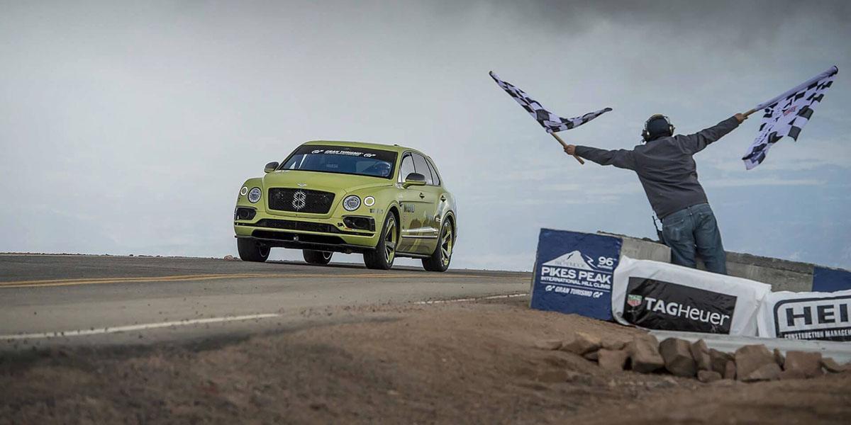 Bentley Bentayga destruye récord en Pikes Peak