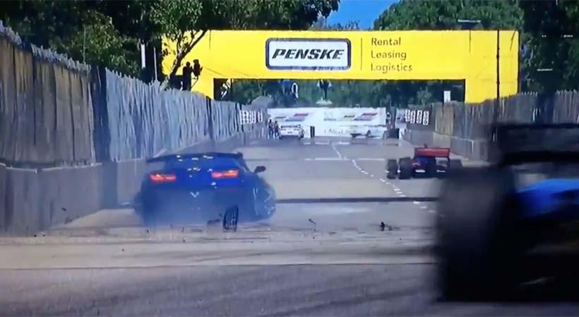 Mark Reuss estrelló el Corvette Pace Car