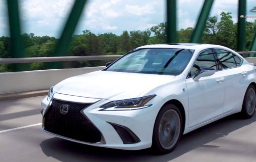 Video Lexus ES 2019, primer vistazo en la carretera en Nashville