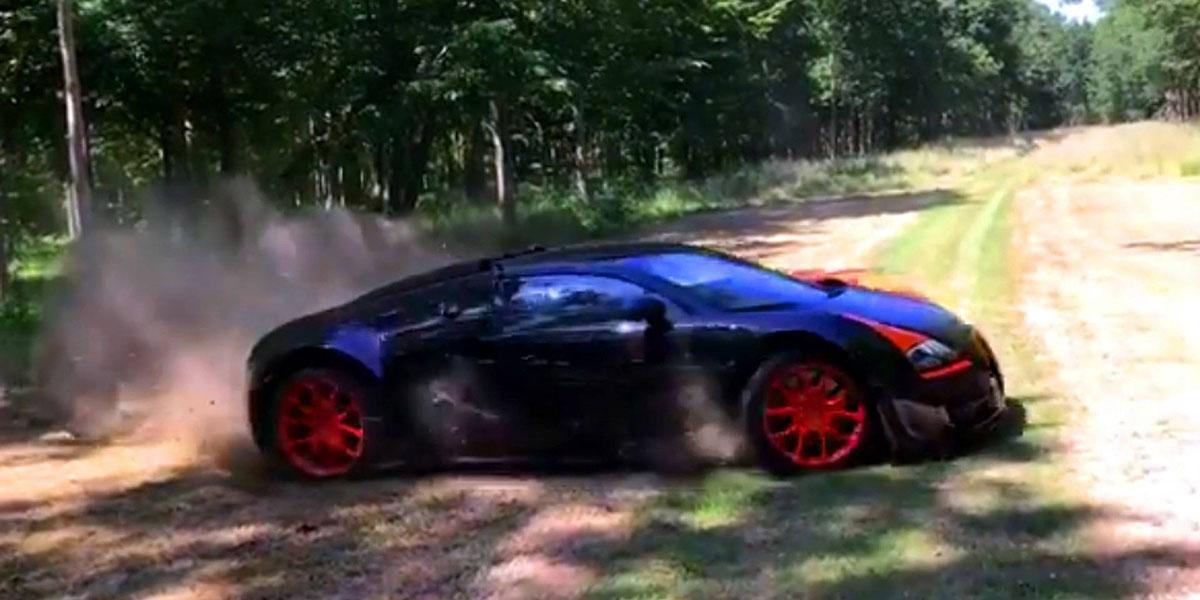 Bugatti Veyron Vitesse WRC off-road drifting