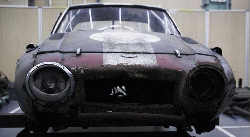 Restauran el Toyota de carreras más viejo del mundo