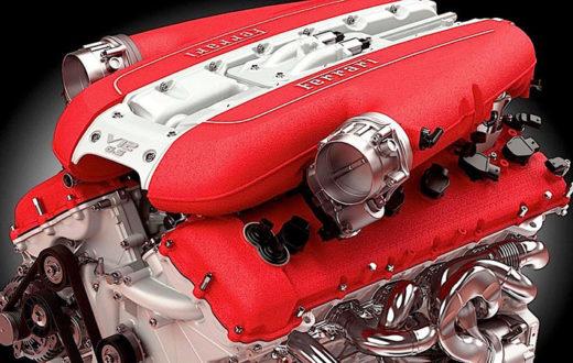 motor Ferrari cuatro cilindros