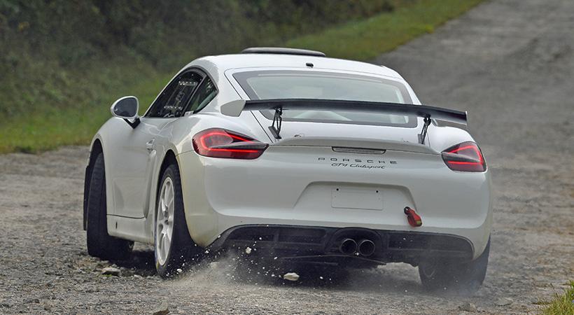 Debut Porsche Cayman GT4