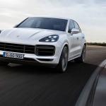 Porsche Cayenne a 190 mph