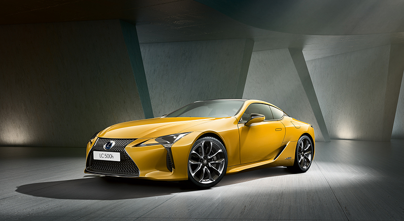 Lexus LC 500h Yellow Edition