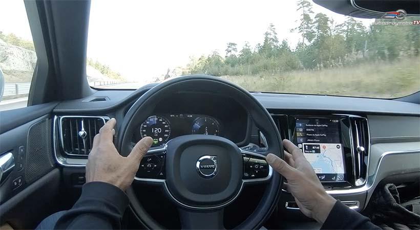 Demostración Volvo Pilot Assist