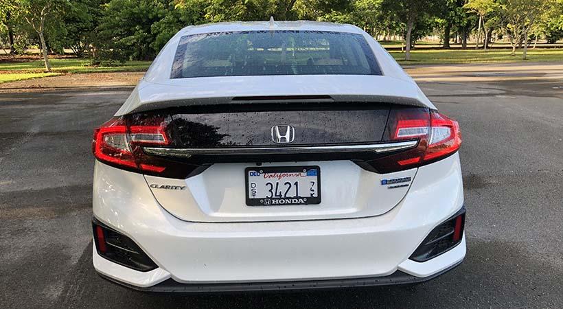 Test Drive Honda Clarity Plug-in Hybrid Touring 2018 con 110 MPGe