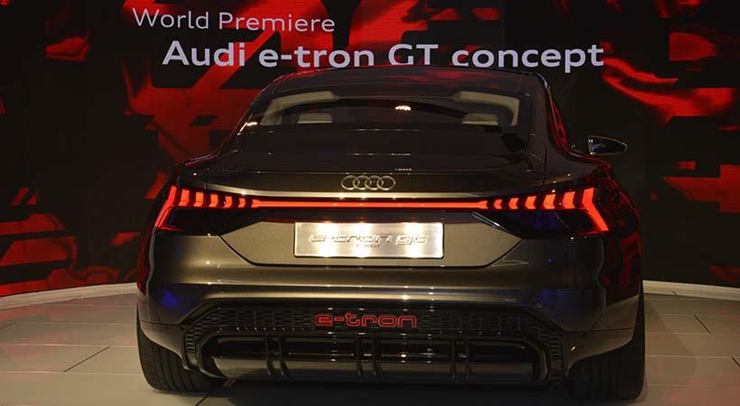 Audi e-tron GT concept, debut eléctrico en Los Angeles