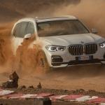 Video: BMW recrea el circuito de Monza en el Sahara y desata a la nueva X5