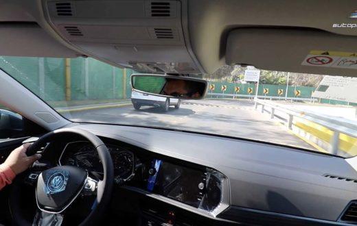 Volkswagen Jetta 2019 en la Pista de Ruidos de la Planta en Puebla