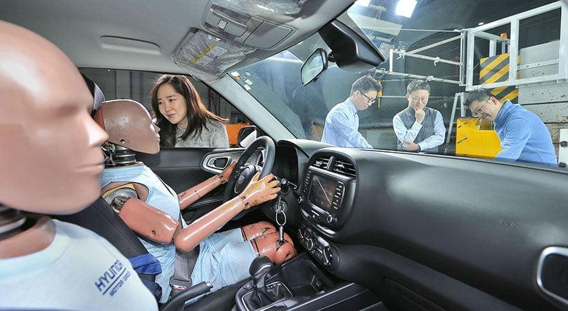 Primicia mundial: Bolsa de aire Hyundai de colisión múltiple