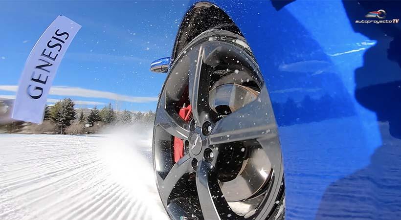 Test Drive Genesis G70 2019 en pista de hielo