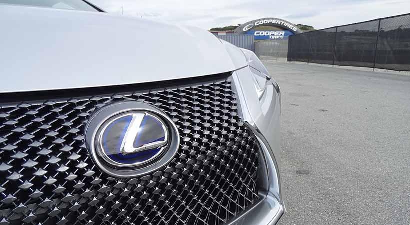 Test Drive Lexus LC500h 2019