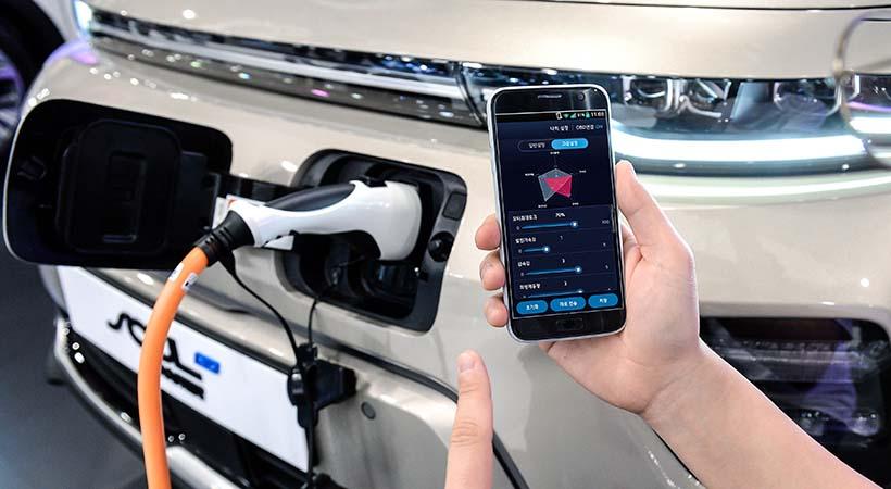 Autos eléctricos Hyundai tendrán control a través de un smartphone