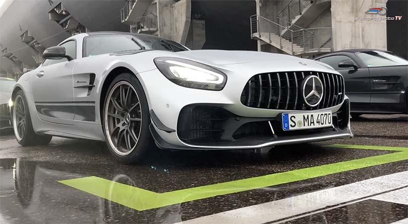 Mercedes-AMG GT Pro 2020 bajo la lluvia en el Hockenheim-ring