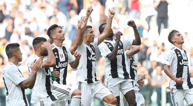 Sceudetto Jeep con el Juventus