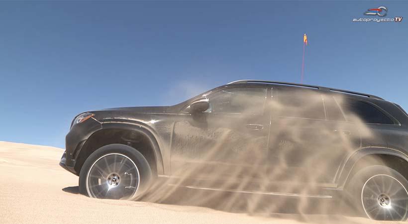 Video Mercedes-Benz GLS 2020 con Free Driving Assist
