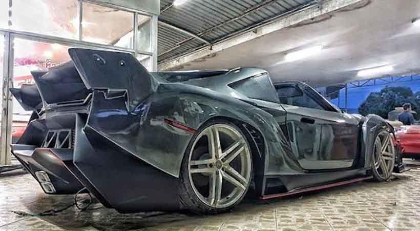 réplica de Lamborghini Veneno