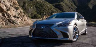 video Lexus LS500h 2019