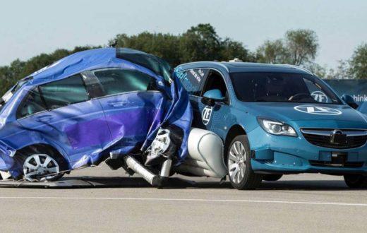 Video, ZF quiere que tu auto también cuente con un airbag exterior