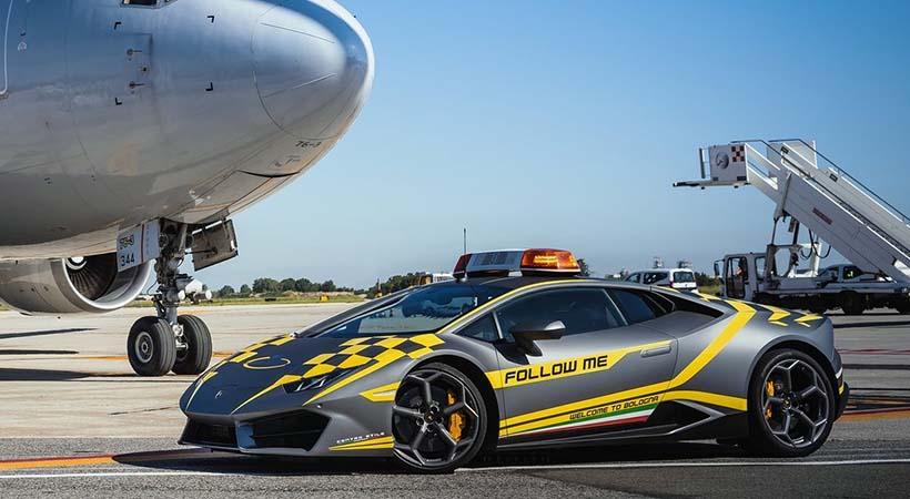 Si viajas a Italia te recibirá un Lamborghini Huracan
